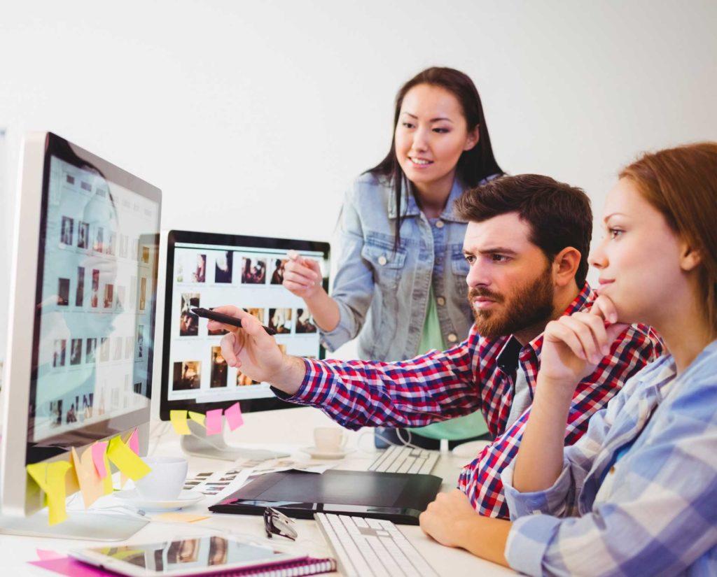 señalando, mac, pensando, sondiendo, trabajando, agencia publicitaria