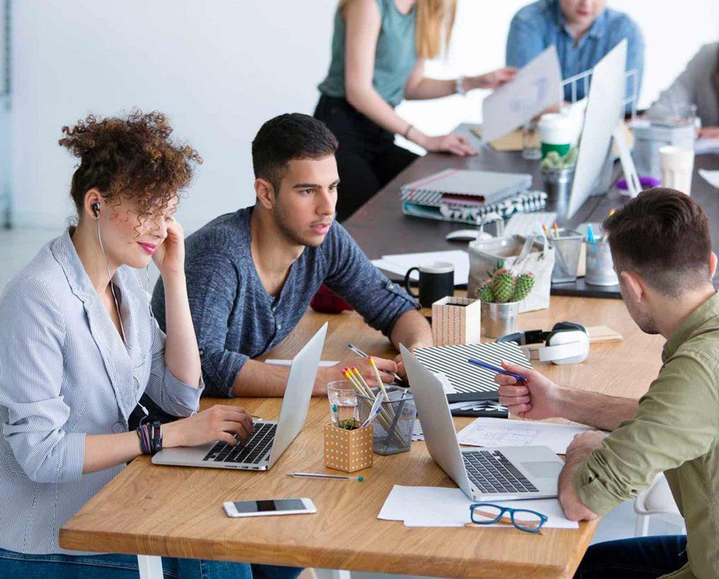 trabajando, oficina, agencia, creatividad, compartiendo ideas